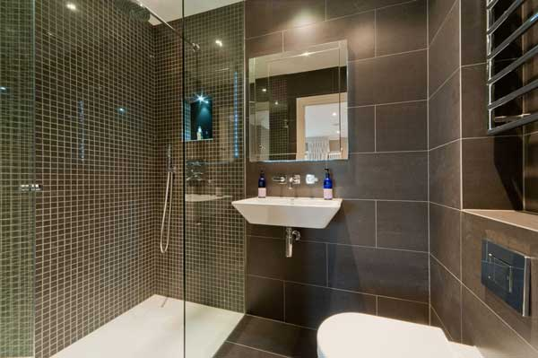 Bathroom Designs for Small Spaces Canada